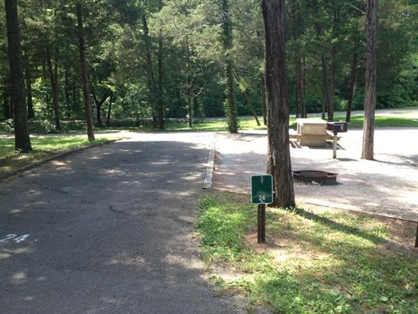 Cedars of lebanon state park lebanon tn gps campsites for Cedars of lebanon cabins