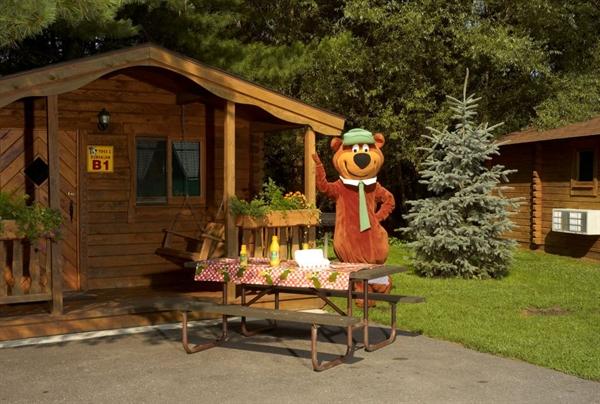 Yogi Bear S Jellystone Park Camp Resort Wisconsin Dells