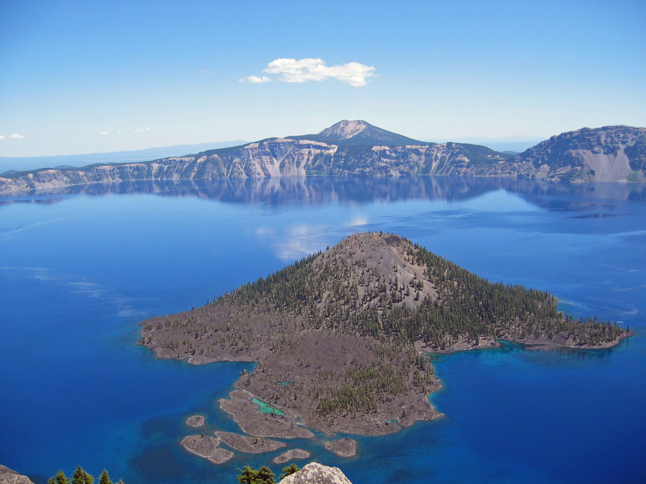 Wizard Island and deep blue Crater Lake from Watchman Overlook.