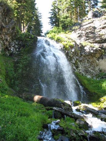 Plaikini Falls, Crater Lake National Park