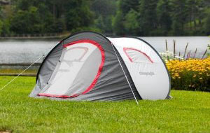 Self erecting tent pitched in front of a lake & Pop up camping tents - CampingRoadTrip.com