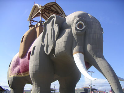 Lucy the Elephant Statue