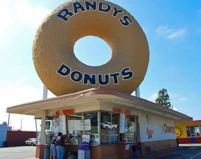 Randy's Donut sign in Inglewood, California