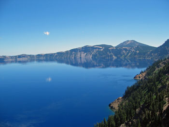 View of deep blue Crater Lake from Sinnott Memorial